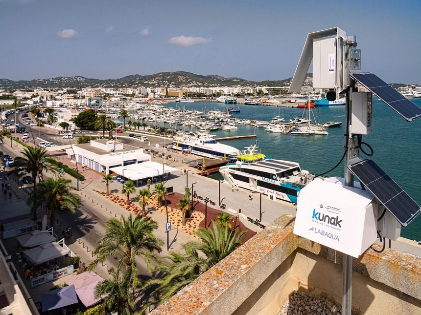 Air quality sensors in the port of Ibiza island